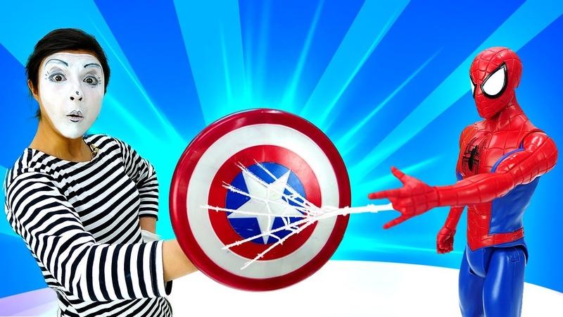 El escudo de Capitán América y del Hombre Araña. Superhéroes en español. Spiderman y Marvel.