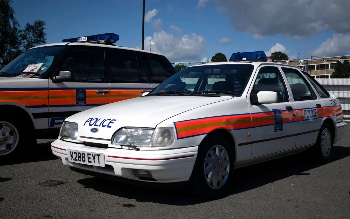 Самая крутая тачка из 90-х годов, которая наводила страх даже на Полицию!