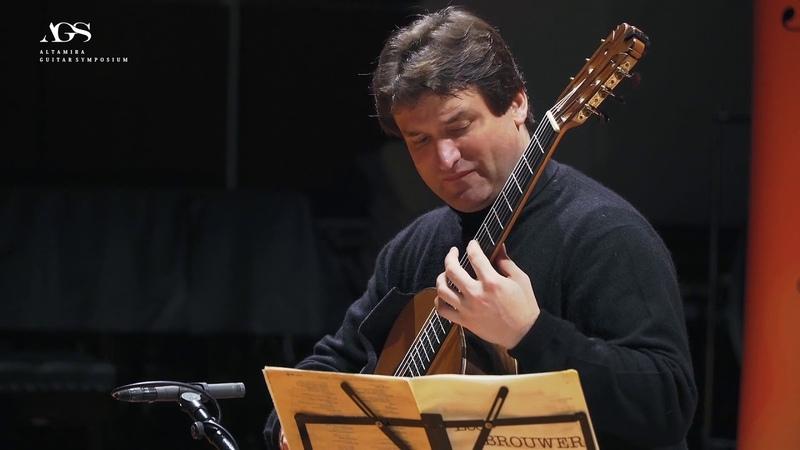 Rene Izquierdo plays 'Preludios Epigramaticos' by Leo Brouwer Altamira Guitars