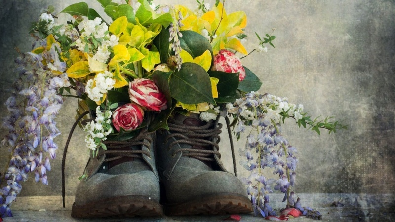 Rustic Boots with Flowers Acrylic Painting LIVE Tutorial