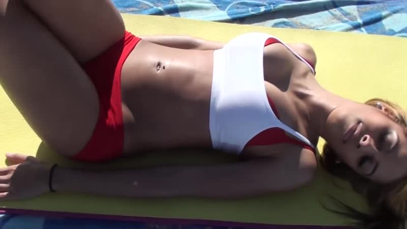 🔥Упражнения на пресс 💝SUPER SEXY Girl's ⭐ABS Workout on Beach 💥🎤🎧