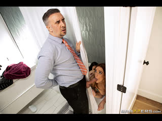 Angela White, Siri - Sneaky Shower Threesome [Brazzers] (1080p, Big Ass, Blowjob, Threesome, Hardcore, Booty Shorts, NewPorn)