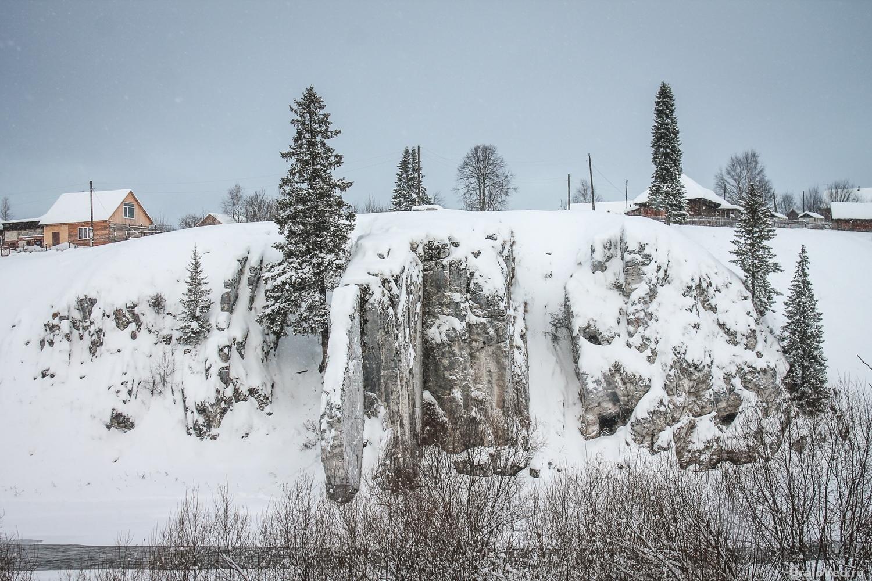 Скалы на реке Койве