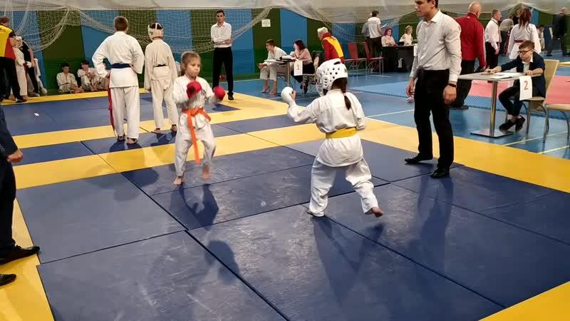Бесконтактное кумите Девочки 6 7 лет Карина