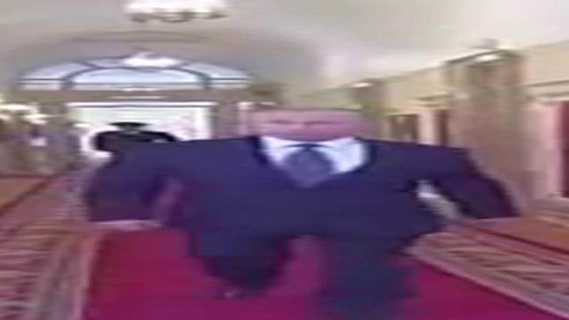 Wide Putin walking but he s always in frame full version