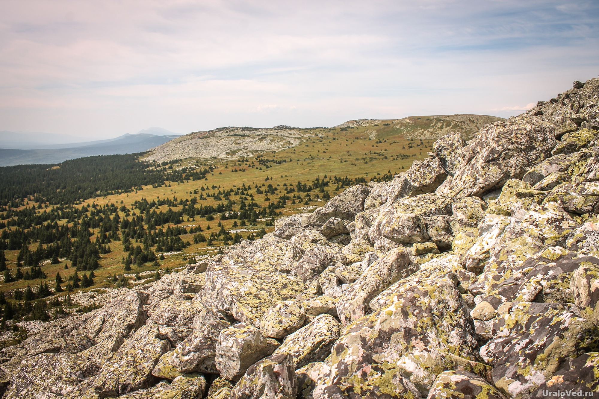 Гора Поперечная