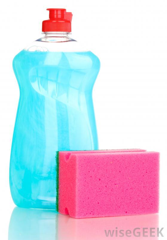 Силиконовые формы для выпечки можно легко мыть водой с мылом.