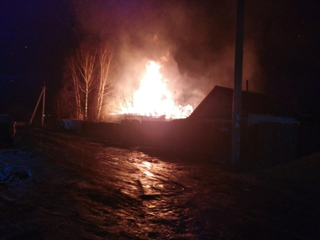 На пожаре на улице Сенная в Кимрах погибли два человека