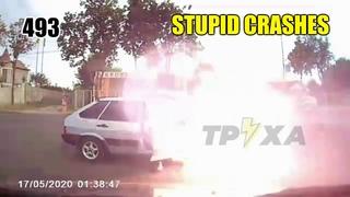 Stupid driving mistakes 493 (June 2020 English subtitles)