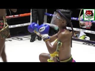 Muay Thai ณ.สนามมวยรังสิต คู่ที่1 พันธ์พยัคฆ์ VS โนราห์ คู่ท