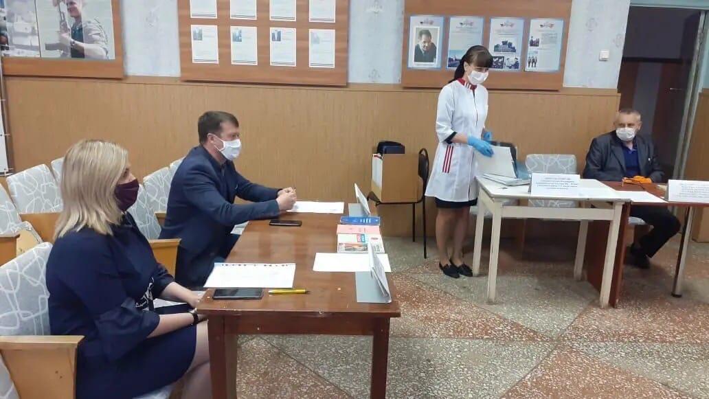 В Петровском районном военкомате состоялось первое в этом году заседание призывной комиссии