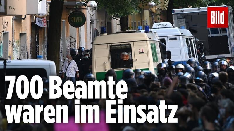 Randalierer gehen mit Pyro und Steinen auf Polizisten los |Räumung von Kneipe Syndikat in Berlin