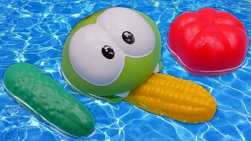 Om Nom compra verduras Aprendiendo los colores en español Vídeos educativos para niños