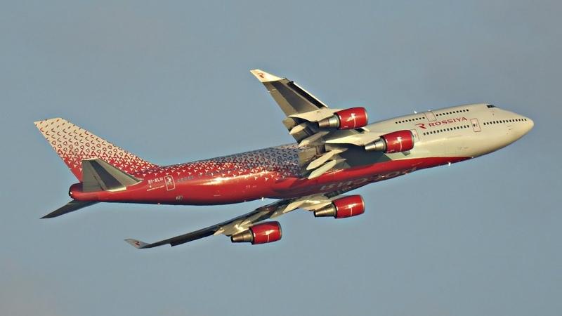 Боинг 747 400 30 экипажей на борту круги над Жуковским