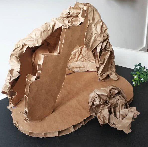 Поделка из картонного ящика - зверей