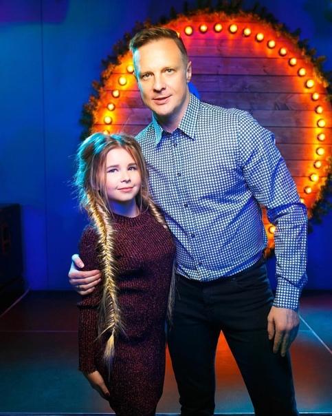 Дочь известного футболиста сбежала из дома. Он ее не понимал 16-летняя дочь бывшего вратаря сборной России Малафеева объяснила, почему сбежала из дома. Слова девушки приводит Sport24. По ее