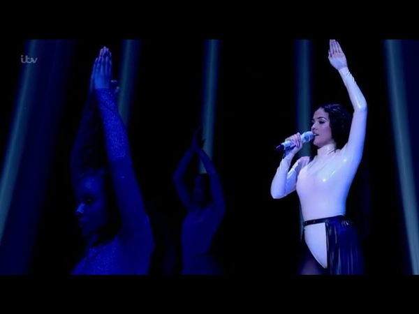 Mabel - God Is A Dancer (Live At The Jonathan Ross Show)