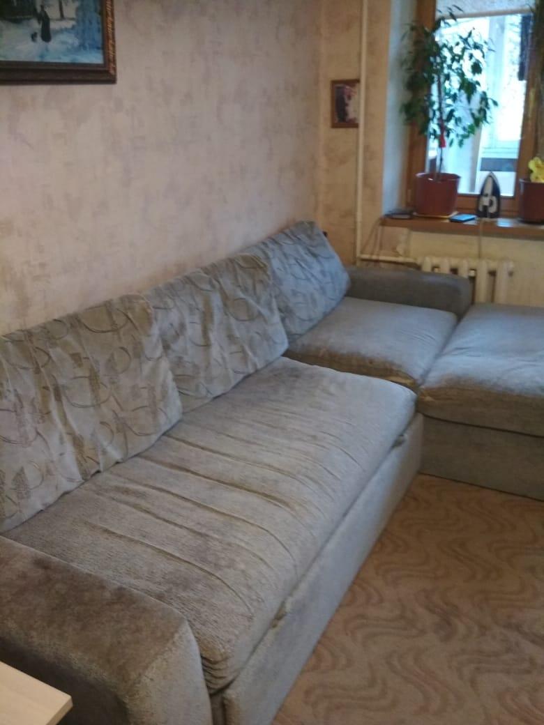 Отдам в дар угловой диван. Самовывоз +