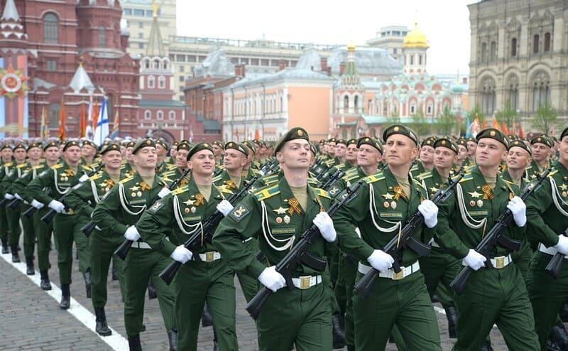Парад Победы в Москве и крупных городах России пройдёт 24 июня
