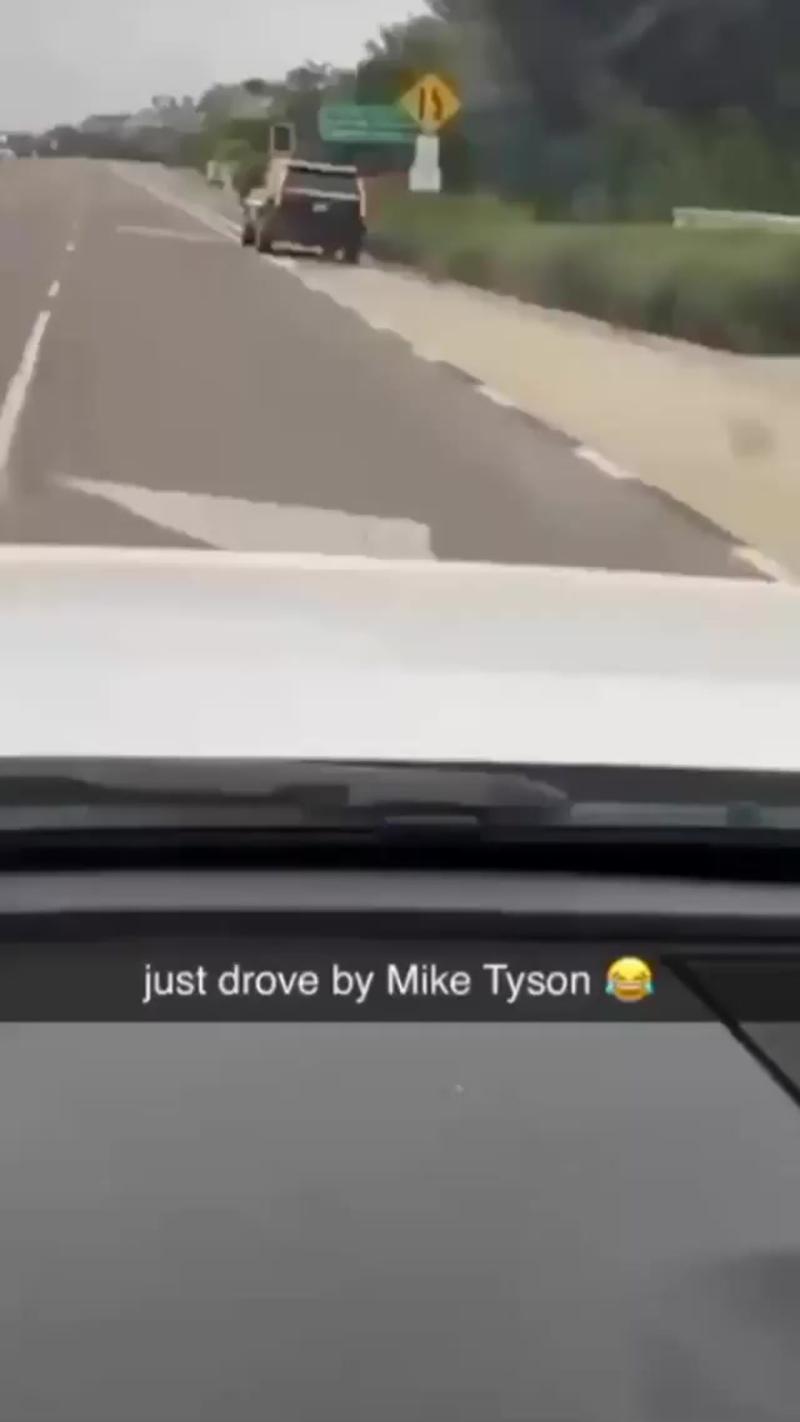 Встретили Майка Тайсона на пробежке!
