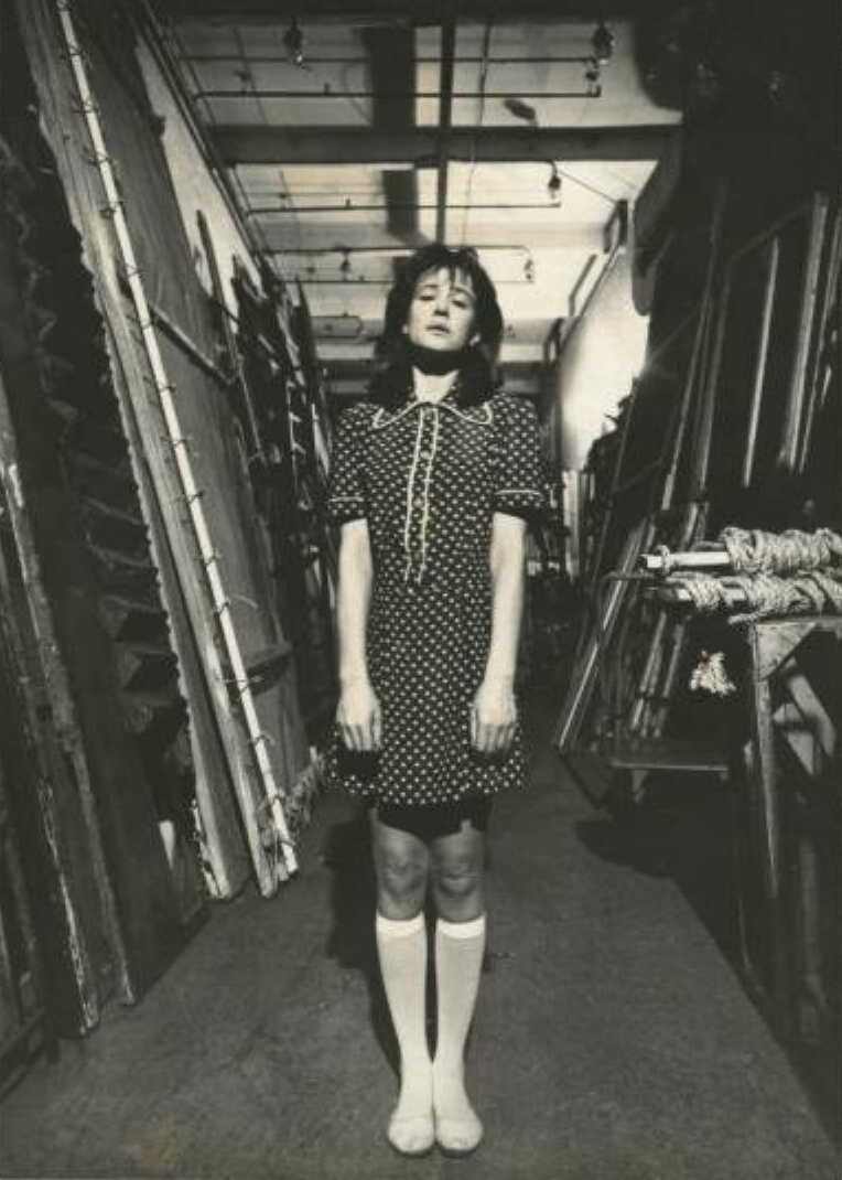 Актриса театра и кино Марина Неелова в кулисах сразу после спектакля «Спешите делать добро», 1984