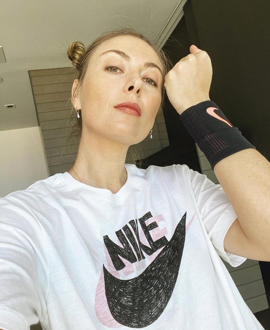 Спортсменка Мария Шарапова не перестает следить за собой и постоянно тренируется