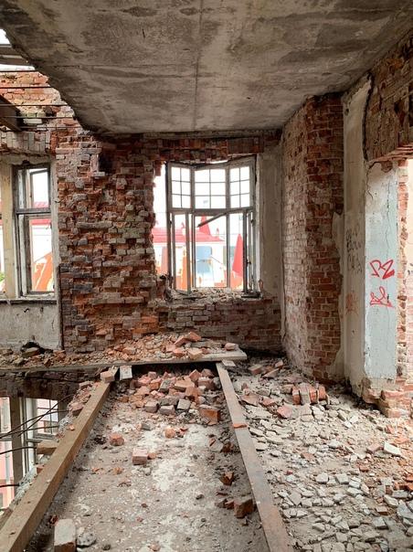 Корреспондентам Выборг ТВ удалось осмотреть Дом Говинга и...