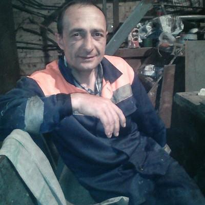 Виталий, 42, Pribrezhnyy