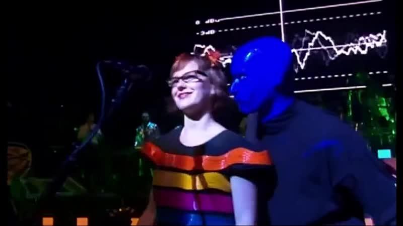 Blue man group ft. annette strean venus hum i feel love live 2004