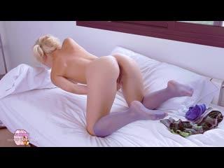 Monroe - Blonde Angel [Teen Porn Amateur Solo Masturbate]