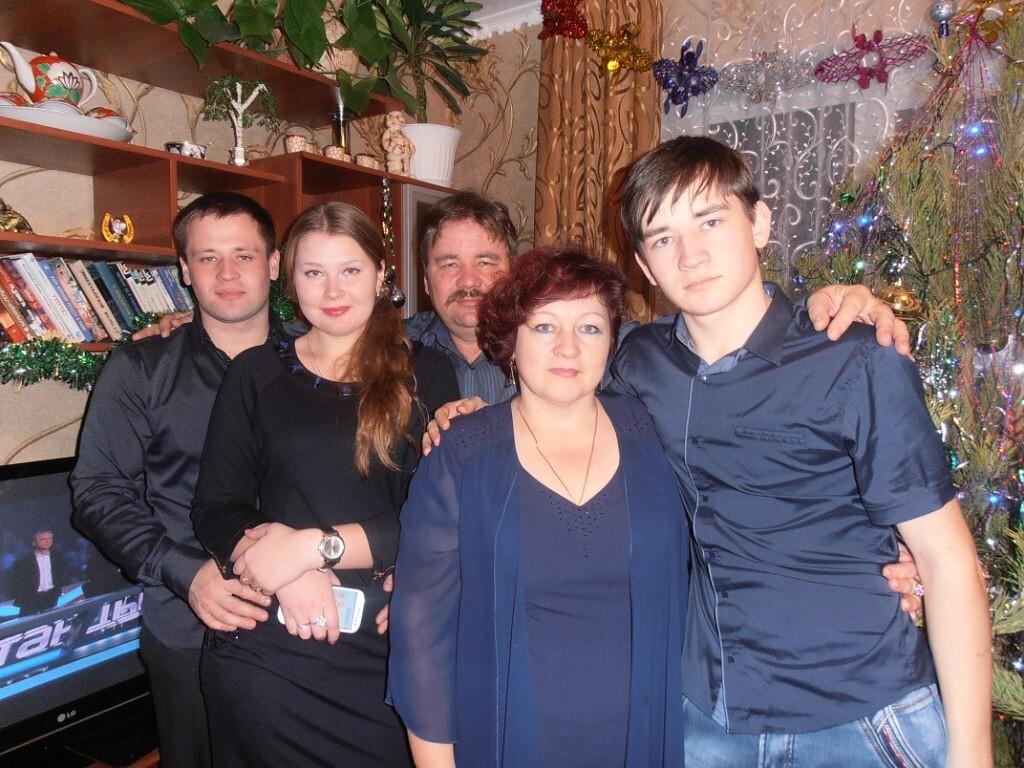 Управление культуры и кино Петровского района запустило интернет-флешмоб, посвящённый Международному дню семьи