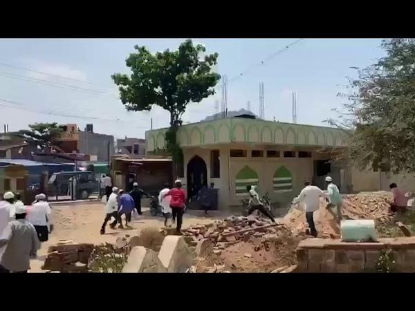 Coronavirus quarantine violation beating punishment by police in India