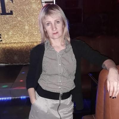 Елена, 44, Uglekamensk