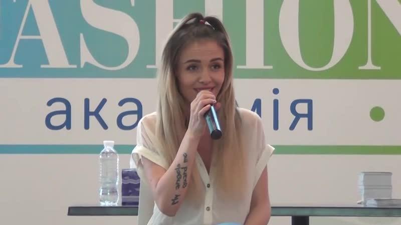 Фан-встреча с певицей MamaRika (ех-Эрика). Киев, ТРЦ Ocean Plaza, 28.07.2016